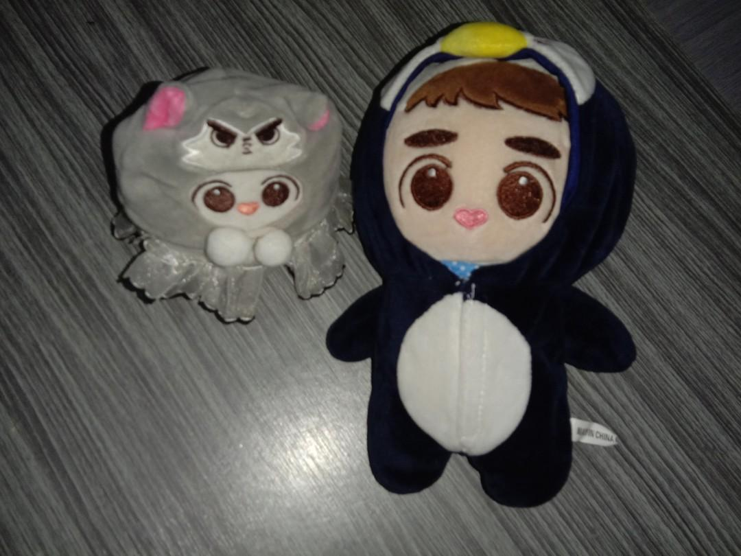 Lamee doll and unofficial dyolamb with clothes