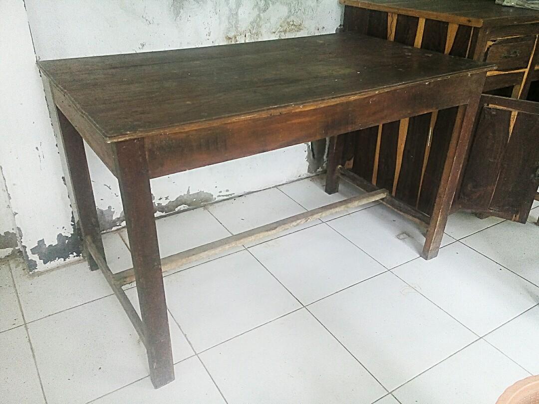 Meja Warung Makan, Perabotan Rumah Di Carousell