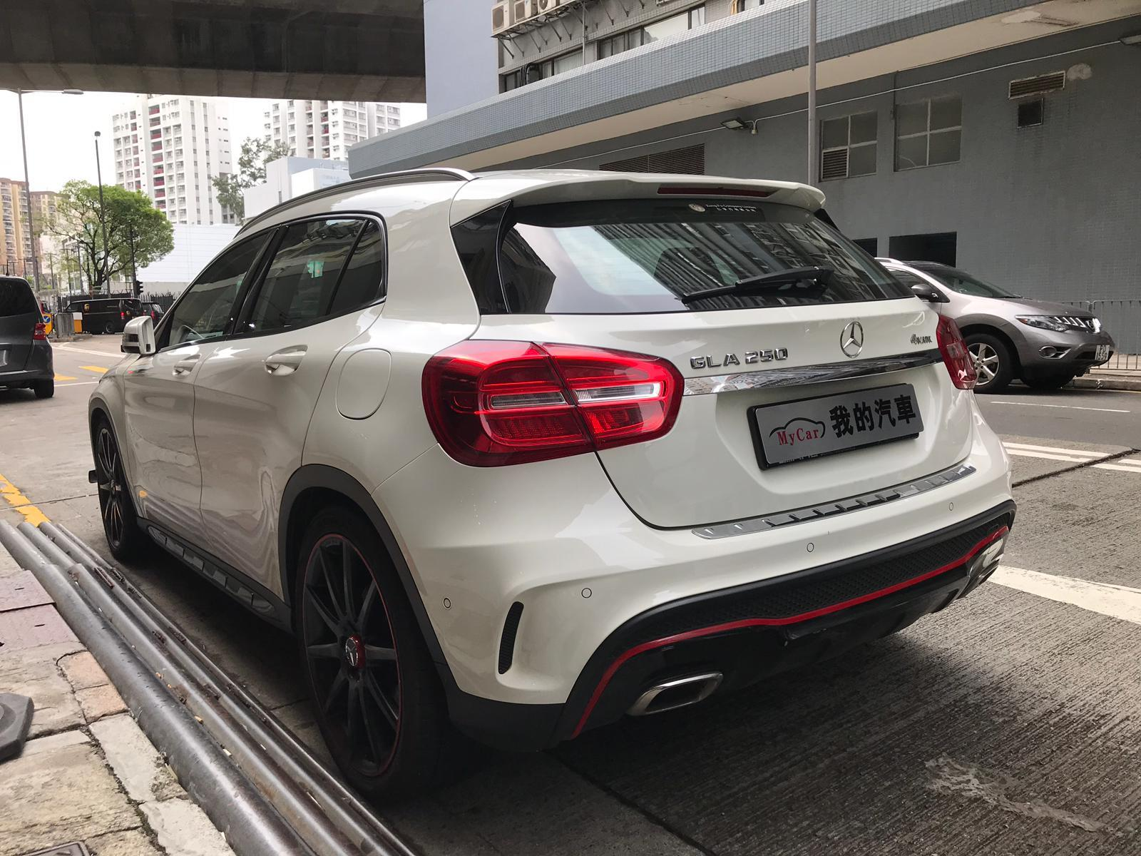 MERCEDES-BENZ GLA250 2014