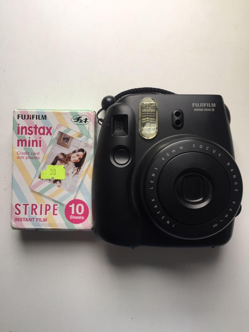 Polaroid mini black with film