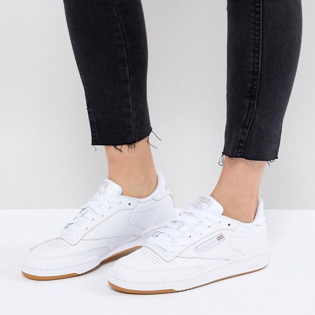 b07bd05348779 Reebok Classic C 85 Trainers in White Leather with Gum Sole