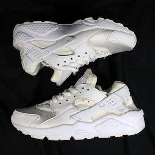 Authentic Nike Huarache Triple White