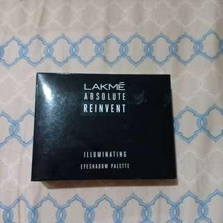 Lakme Absolute Illuminating Eyeshadow Palette