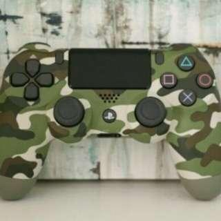 PS4 original controller by SONY