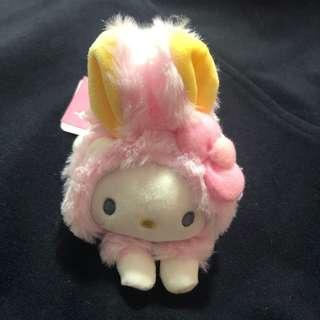 🚚 Hello kitty soft toy keychain