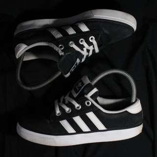 Authentic Adidas Kiel