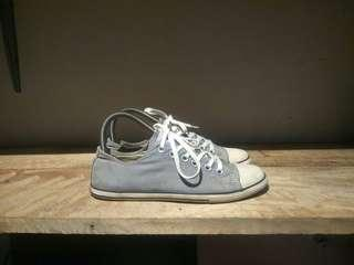 Converse original slim made in Indonesia Size 39