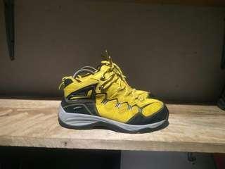 Sepatu gunung Leisure Time original