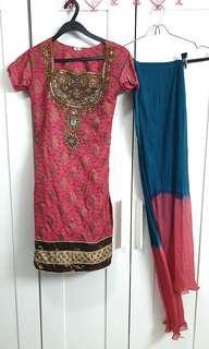 Beautiful Coral Pink and Teal Blue Indian Punjabi Suit Saree Sari Salwar