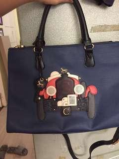 🚚 AUTHENTIC Lapalette Cupcake bag