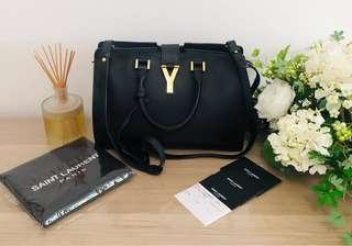 🚚 [1st owner] 💯 Auth YSL Sac Linge Y