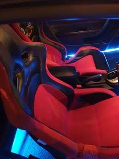 🚚 Racing seat