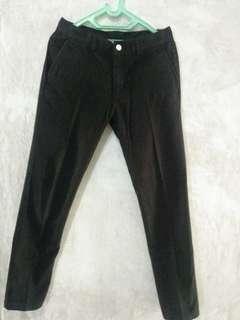 Celana panjang hitam Tirajeans ori size 32