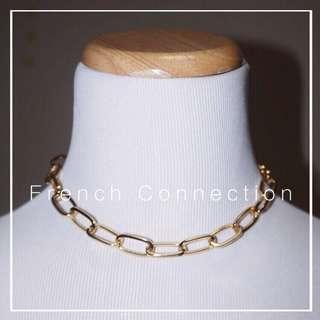 *NWOT* French Connection Chunky chain choker in gold