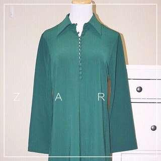 *NWT* Zara dress in green with button details Women Size M