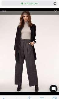 Aritzia Banville Sweater Size XS in Heather Black