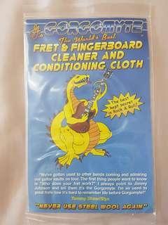 Frets fretboard cleaner Gorgomyte cloth guitar