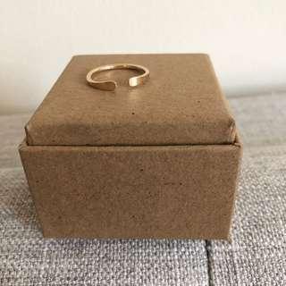Solid 14k gold horseshoe ring size 7US