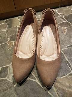 🚚 Fair lady 大地駝色 蝴蝶結透明水晶 好配高跟鞋(23.5)