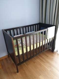 🚚 Baby Cot with Latex Mattress