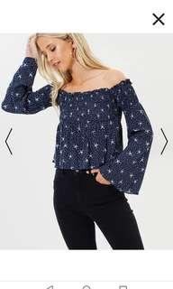 Off shoulder star print top size 10 #swapAU