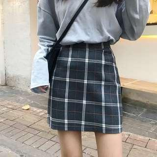 PO Plaid Skirt