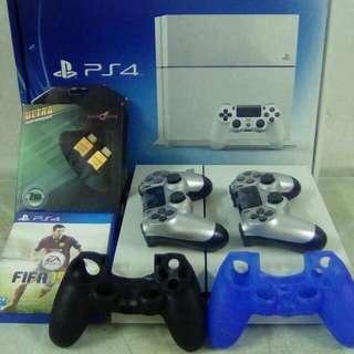 PS4 500GB condition 10/10 Like New Set