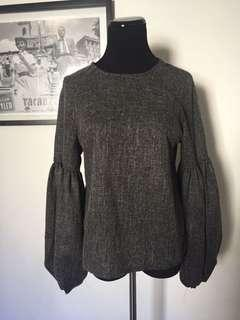 Grey blouse puff sleeves