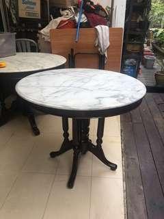 🚚 Vintage Kopitiam table