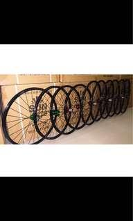 BZcycle Professional Custom Hand Built Wheels for 26er/27.5er/29er/with loud&Smooth CHOSEN hubs+ Sun Ringle rims