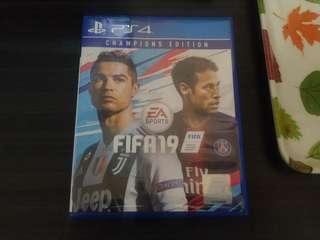Kaset PS4 FIFA 2019 BD FIFA 19 like new
