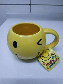 🚚 全新微笑馬克杯(送免費贈品)