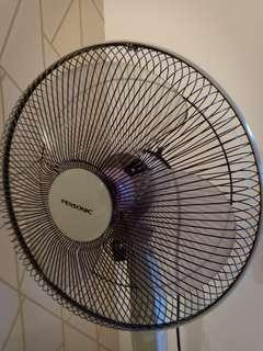 Pensonic standing fan