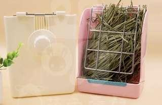 Rabbit/chinchilla/guinea pig grass/food/hay box rack