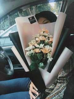 Buket bunga artificial