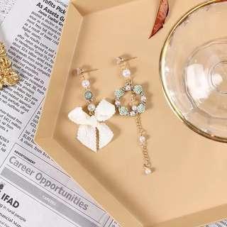 <free pos 3 pairs & above> Korean design elegant lace ribbon long earrings