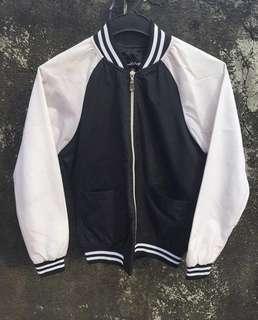 Bomber Jacket Black n White