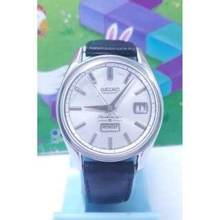 日本原裝SEIKO精工,寶石數35jewels,星期日期顯示,不鏽鋼自動上鍊機械男錶