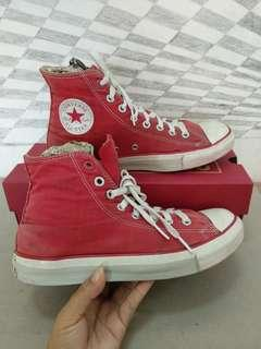 Sepatu Converse RED