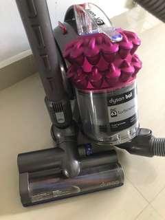 🚚 Dyson Vacuum