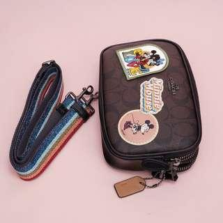 Disney X Coach Crossbody Pouch Minnie Mouse Patches Signature canvas