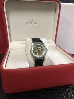 🚚 Omega 歐米茄 歐米伽 鏤空 機械錶 皮錶