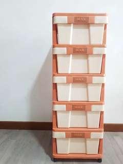 🚚 Plastic Drawers