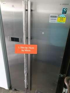 🚚 Used samsung 4 ticks energy saving cheap cheap good side by side fridge