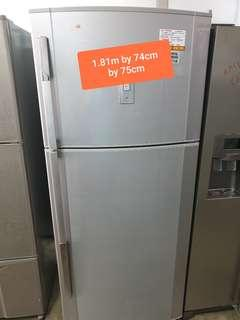 🚚 Used sharp 350 litres fridge cheap cheap with free delivery