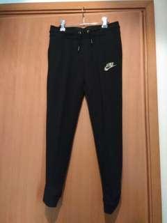 全新 NIKE Girls Sports Pants (black, size M) 大女童運動褲