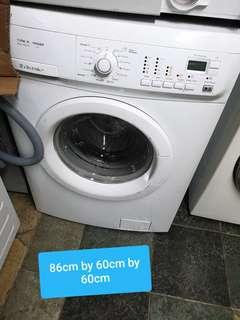 🚚 Used electrolux 6kg washer and 3 kg dryer cheap good good