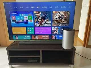 MI  tv 55 , sound bar and subwoofer good condition