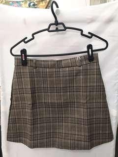 「搬屋清貨」大碼格仔裙連皮帶
