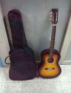 Musiya Classic Guitar - 90% New